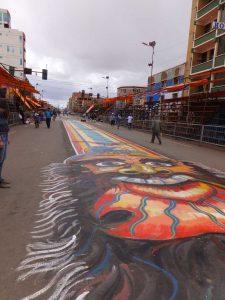 Bemalte Straße in Oruro