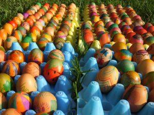 Bemalte Eier für die Kinder
