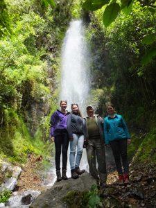 Mit Don Luis am Wasserfall