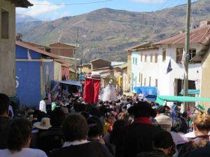 Prozession durchs Dorf
